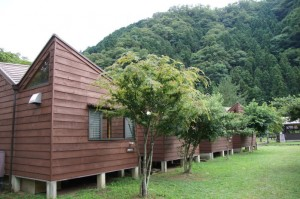 長林キャンプ場 単棟コテージ