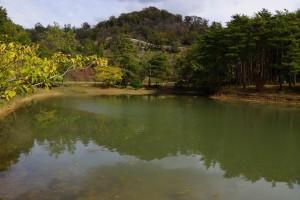 亀島キャンプ場 亀島池