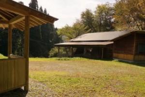 勝山美しい森 炭焼き小屋