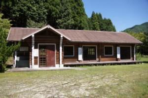 三国公園キャンプ場 ログハウス