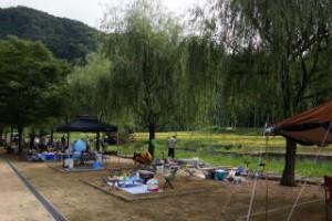 湯の瀬温泉郷キャンプ場オートサイト