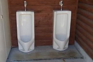 たたらの森キャンプ場トイレ