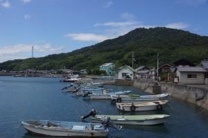 城山from粟島港