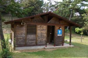 里庄美しい森トイレ棟