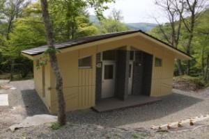 ひろしま県民の森オートサイトトイレ棟