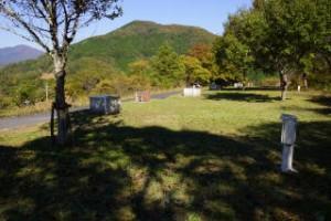 高瀬湖畔キャンプ場オートサイト