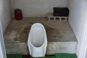 前島海水キャンプ場 トイレ