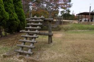 亀島キャンプ場 アスレチック