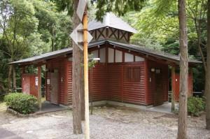 やしろ鴨川の郷キャンプ場 トイレ棟