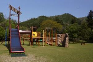 大鬼谷緑の村文化センター遊具