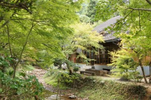 日ヶ奥渓谷キャンプ場 ログハウス