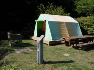仙酔島キャンプ場テントサイト (2)