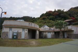 片添ヶ浜公園オートキャンプ場 トイレ・シャワー・コインランドリー