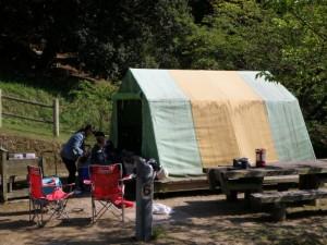 島キャンプ場テントサイト