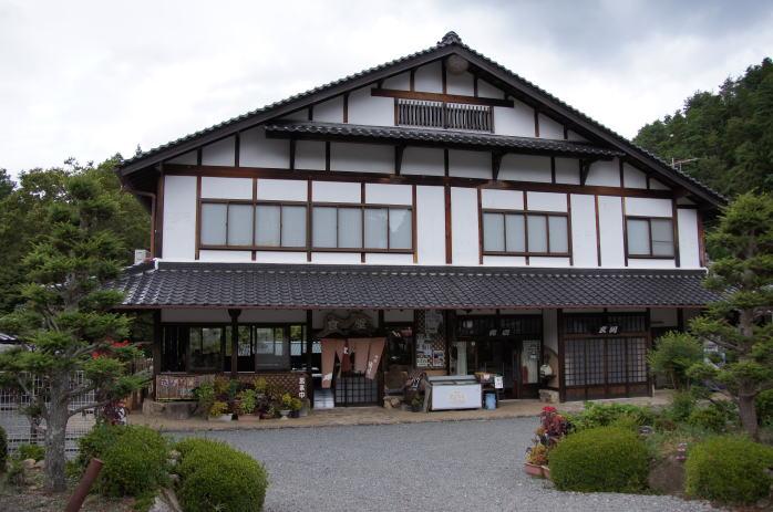 丹波猪村 本館 食堂・売店・トイレ