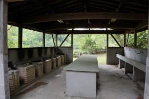 琵琶ヶ池「いこいの森」キャンプ場 炊事棟 (2)