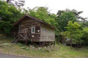 琵琶ヶ池「いこいの森」キャンプ場 バンガロー