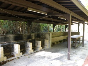 奥の湯公園キャンプ場 炊事棟