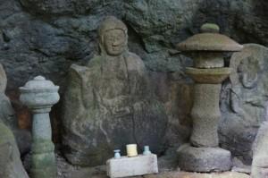 瓜生羅漢石仏 釈迦如来像
