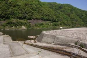 江の川カヌー公園さくぎ 流れるすべり台