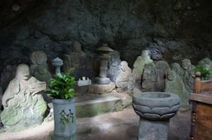 瓜生羅漢石仏
