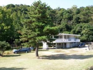 田の浦キャンプ場―海水浴場ー管理棟