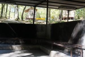 伊丹野外活動センター バンガロー かまど