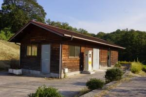 東条健康の森 トイレ棟