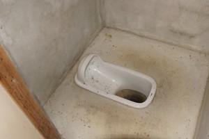 ロクロシキャンプ場 トイレ