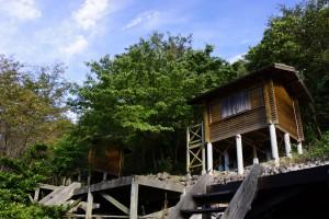 高鉢山キャンプ場 バンガロー (2)