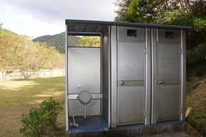 奥山キャンプ場 簡易トイレ
