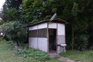 幡降野営場 キャンプサイト トイレ
