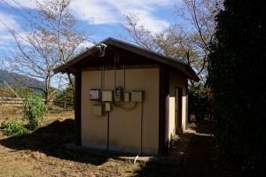 朝日山森林公園 トイレ棟