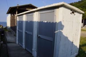 仁老浜キャンプ場 シャワー室