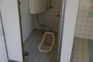 仁老浜キャンプ場 トイレ