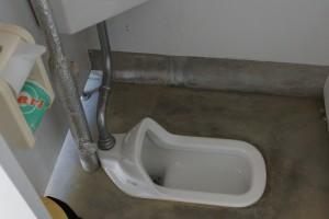 伊丹野外活動センター テントサイトトイレ (2)