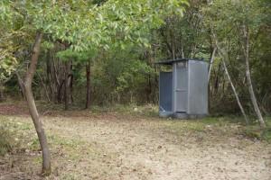 武嶋キャンプ場 簡易トイレ